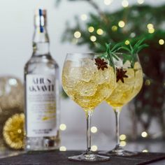 Winter Spritz – drink med prosecco Christmas Feeling, Merry Little Christmas, Christmas 2019, Xmas, Cocktail Drinks, Alcoholic Drinks, Beverages, Cocktails, Spritz Drink