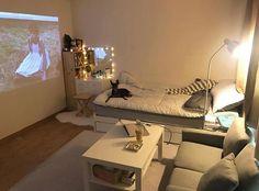 Apartment Decorating On A Budget Bedroom Interior Design 20 Best Ideas Apartment Interior, Bedroom Apartment, Apartment Ideas, Vintage Apartment, Design Apartment, Apartment Layout, Bedroom Inspo, Bedroom Decor, Decor Room
