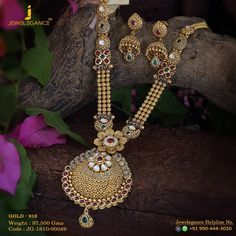 Glow Divine... Get in touch with us on +919904443030 #myjewelegance #realdiamond #gold916 #love