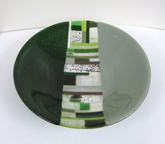 Green vs Green Fused Glass Bowl by JanuaryMayDesigns on Etsy Fused Glass Plates, Fused Glass Art, Glass Dishes, Stained Glass, Fusion Design, Kiln Formed Glass, Plates And Bowls, Teller, Cut Glass