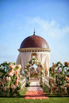 Styled the Aisle | Wedding Ceremony Ideas ~ Photography: Samuel Lippke Studios