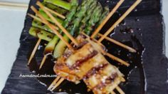 Thanks @AnomalousLondon for a #gorgeous pic of our #Tofu & #Asparagus Skewers @twitter! (^_−)☆