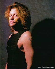 Jon Bon Jovi 1995. @anderbj | Tumblr