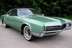 The rise of the pony car was a departure from the lumbering, large autos of the Did you have one of these popular cars from the Retro Cars, Vintage Cars, Antique Cars, 1960s Cars, Rat Rods, Buick Cars, Buick Riviera, Old School Cars, Pony Car