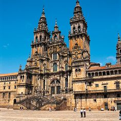 Santiago de Compostela is visited by over 100,000 pilgrims a year - Marian Shrines of Europe tour