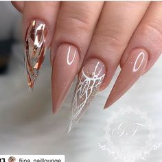 70 Trendy and Unique Stiletto Nail Art Designs; Bling St 70 Trendy and Unique Stiletto Nail Art Designs; Glam Nails, Dope Nails, My Nails, Bling Nails, Glitter Nails, Nailart, Stiletto Nail Art, Acrylic Nails, Stiletto Nail Designs