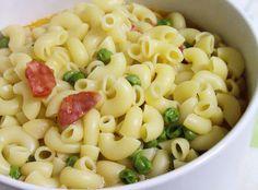Salada de Massa, Chouriço e Ervilhas - http://www.receitasja.com/salada-de-massa-chourico-e-ervilhas/