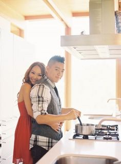 Couple cooking in modern kitchen | photography by http://www.carolinetran.net/