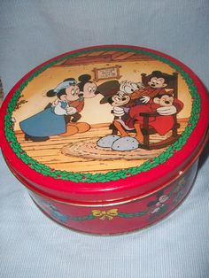 Mickey and friends Dickens tin