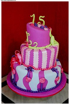 Bolo 15 anos Gabriela Cake 15th birthday and Birthday cakes
