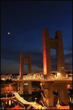 le pont de recouvrance bien luné Brest - Finistère Bretagne