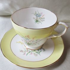 Vintage English Bone China Tea Cup/Saucer, Floral Transfer, Interior Floral Transfer, Yellow/White Background, Gold Trim