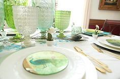 Spring Tablescape  #bowerpower #springdecor #tabledecor #springtabledecor #tablescape #spring #quicktablesetting bowerpowerblog.com