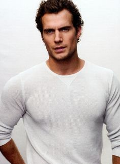 Henry Cavill. Can we just take a minute and appreciate his beauty?