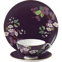 Wedgwood Blackberry tea garden 3-piece china set ($78) ❤ liked on Polyvore featuring home, kitchen & dining, drinkware, wedgwood saucer, tea mug, tea cup, wedgwood and wedgwood mugs