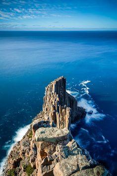 Columns of Cape Raoul, Eaglehawk Neck, Tasmania, Australia