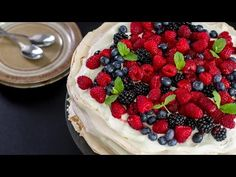 Berry Pavlova :: Home Cooking Adventure