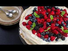 Berry Pavlova :: Home Cooking Adventure