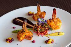 #Armani / Amal Dubai brings India's culinary heritage to life. L'art de dresser et présenter une assiette comme un chef de la gastronomie... > http://visionsgourmandes.com >