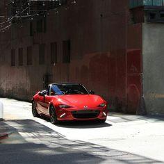 New Miata spotted downtown by Luis Baza Norway x Japan     #TopMiata #mazda #miata #mx5 #eunos #roadster