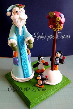 Santa con pinguinos by manualidades diana, via Flickr
