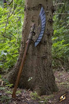 Get this Epic Armoury Elven Wing Axe to claim victory in battle. This Larp safe battle axe is the perfect two-handed axe for any fantasy based warrior. Armas Ninja, Homemade Weapons, Sword Design, Battle Axe, Medieval Weapons, Weapon Concept Art, Fantasy Weapons, Knives And Swords, Katana