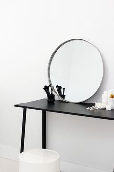 Mirror | Make up | Dresser