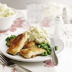 Fischstäbchen mit Stampfkartoffeln und Erbsen Rezept | Weight Watchers
