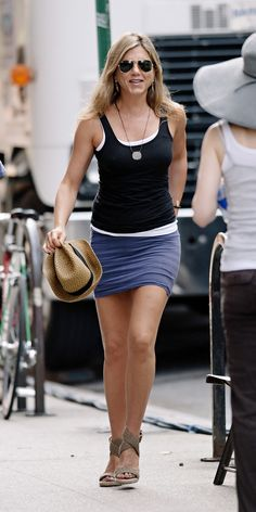 Jennifer Aniston - casual cool always