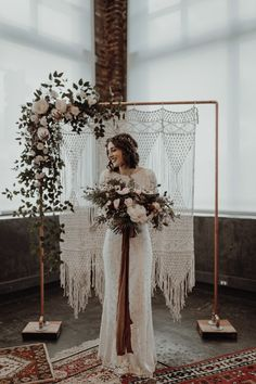 Wedding Trends Tips for a Floral Themed Wedding Decor Diy Wedding Decorations, Wedding Themes, Vintage Decoration Wedding, Wedding Venues, Wedding Reception, Wedding Tips, Wedding Centerpieces, Wedding Backdrops, Wedding Dresses
