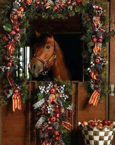 would love to have a horse and barn to decorate like this for christmas