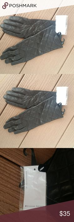 Etienne Aigner Leather Black Gloves Size S Etienne Aigner Leather Black Gloves Size S. New no flaws. Please see pictures Accessories Gloves & Mittens