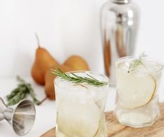 Pear Rosemary Spritzer @themerrythought