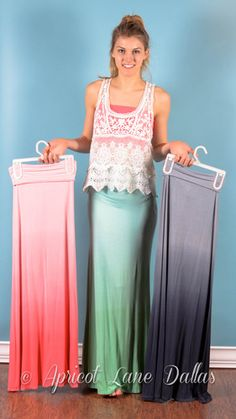 Ombré maxi skirts really cute Maxi Skirt Outfits, Dress Skirt, Maxi Skirts, Jean Skirts, Denim Skirts, Spring Summer Fashion, Spring Outfits, Modest Fashion, Fashion Outfits