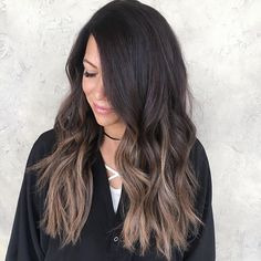A little hair painting on this babe who has the best hair #hairpainting #balayage #sombre #brunette #prettyhair #darkombre #hairinspo #hairbybrittanyy