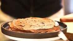 Sjokoladekake på bønner Tareq Taylor, Stevia, Camembert Cheese, Bakery, Healthy Living, Cooking Recipes, Sweets, Bread, Desserts