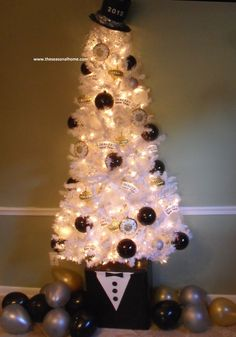 Transition Your Tree Into A New Year's Eve Tree