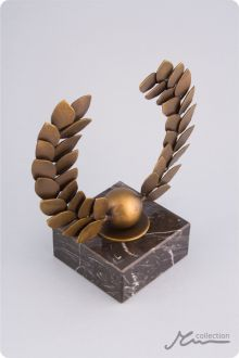 The Olive Wreath Statuette - metal award manufacturer www.glassogroup.com