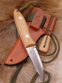 Ben Orford custom bushcraft knife.