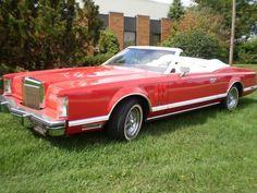 Lincoln Continental Mark V Custom Convertible Lincoln Motor Company, Ford Motor Company, Cedarville Ohio, Convertible, Collectible Cars, Lincoln Continental, Air Force Ones, All Cars, Luxury Cars