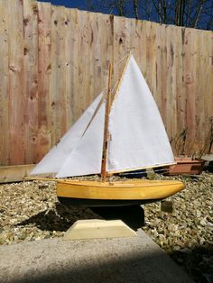 Beautiful hand crafted pond yacht from Haycroft Pond Yachts.