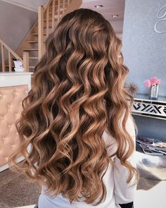 Wavy Hairstyles Tutorial, Curled Hairstyles, Pretty Hairstyles, Wedding Hairstyles, Short Hairstyles, Wedding Hair And Makeup, Hair Makeup, Hair Highlights, Caramel Highlights