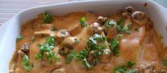 Een aanrader! De visfilet (in mijn geval kabeljauwhaasje) gaat rauw in de Ovenschaal. Met iets aangebakken champignons en een heerlijke paprikaroomsaus in de...
