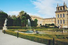On a sunny day in Blenheim Palace | Woodstock, GB