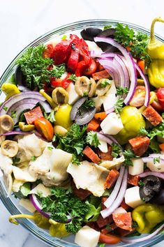 Autumn Apple Salad with a Maple Vinaigrette will let you celebrate all the flavors of Fall! Pecans, cranberries, apples, feta and baby spinach all drizzled with an easy to make maple dijon vinaigrette! Pickled Banana Peppers, Stuffed Banana Peppers, Dishes To Go, Side Dishes, Main Dishes, Orzo, 21 Day Fix, Italian Recipes, Italian Meals