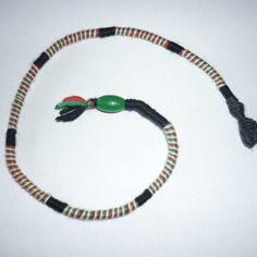 Atebas amovible / noir vert rouge blanc / 47 cm