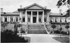 Viipuri Monrepos Central Asia, Holiday Travel, Old Pictures, Finland, Mansions, House Styles, Russia, Lost, Historia
