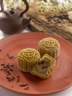 Snow-Skin Mooncake with Earl Grey Tea Truffle and Chocolate Pearls from Raffles Hotel Singapore