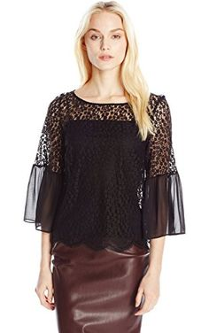 548c1135ffc Only Hearts Women s Darling Boat Neck Lace Bell Sleeve Blouse with Liner