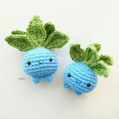 Itssss Oddish!! (Muhahaha---now you can't ever escape from me like you did in Pokemon Go!) Isn't he just the cutest ball/turnip Pokémon ever?! I chose to stick with black eyes because it just seems cuter that way --- not all Oddishes are created the same! . I was originally going to just make one, but then he looked kinda lonely and sad (), so I created another one to accompany him! Although these two aren't starter Pokemons, they're still pretty cool and loveable, don't you think? ....